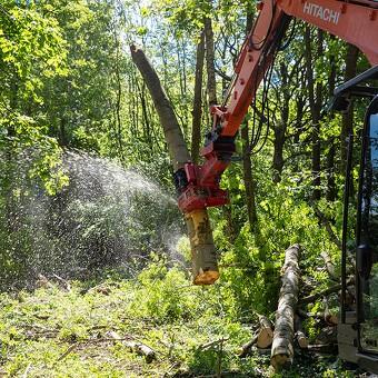 En skov af modifikationer gør hele forskellen på 8-tons Hitachi