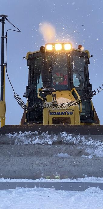 Scantruck leverer maskinstyring til grønlandsk entreprenørskole