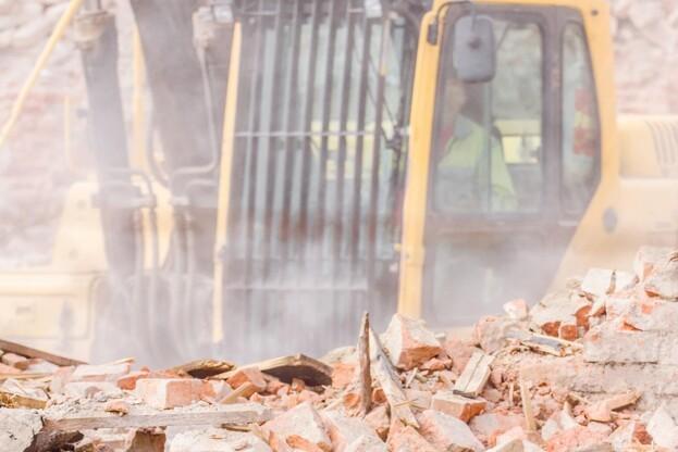 - Forudsætningen er, at de politiske rammer ikke skaber unødigt bureaukrati eller omkostninger og dermed kommer til at stå i vejen for en bæredygtig udvikling i byggebranchen, lyder det fra Simon Stig-Gylling, miljøkonsulent i Dansk Byggeri. Foto: Colourbox.