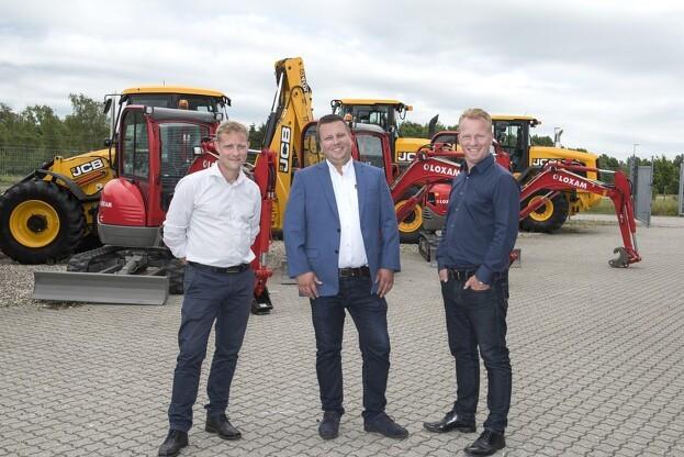 Nicolaisen & Larsen sender 26 maskiner til udlejningsfirmaet Loxam. Pressefoto.