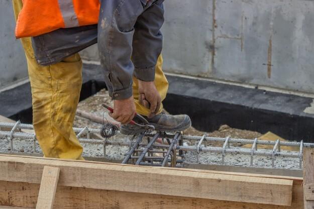 Entreprenør mangler folk til stort havneprojekt