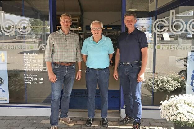 Generationsskifte hos New Holland-forhandler