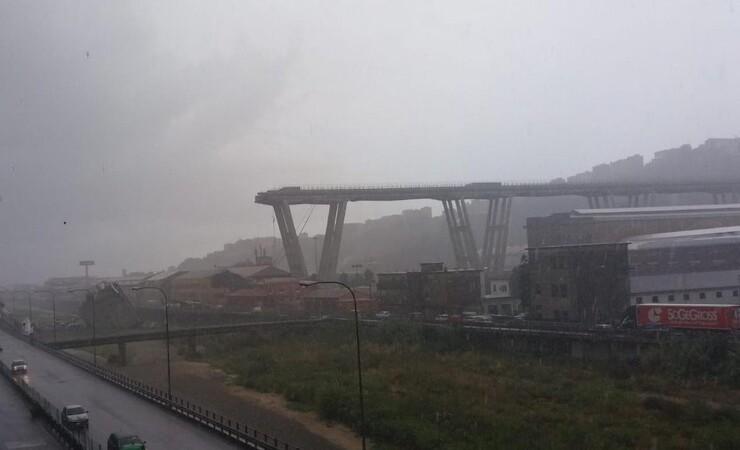 Motorvejsbro kollapset i Italien - 22 døde