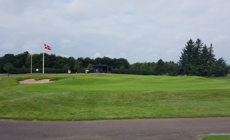 På en golfbane er tørke bedre end regn