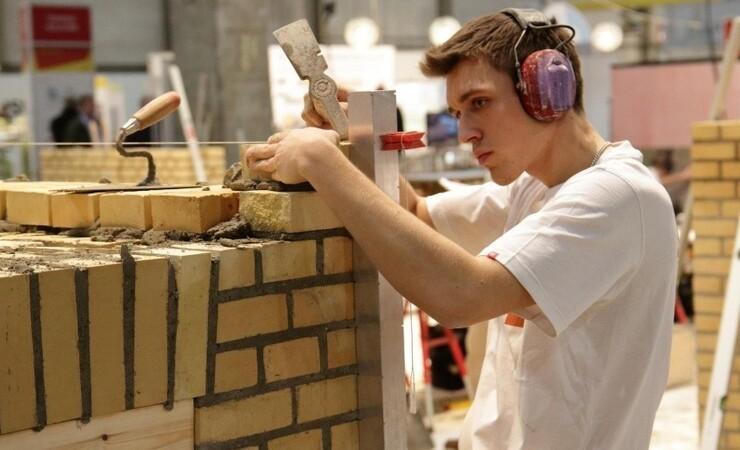 De unge skal op fra dyndet og ind på erhvervsskolerne fra august