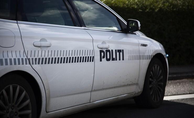 Politiet anholder 13 fra organiseret værktøjsbande