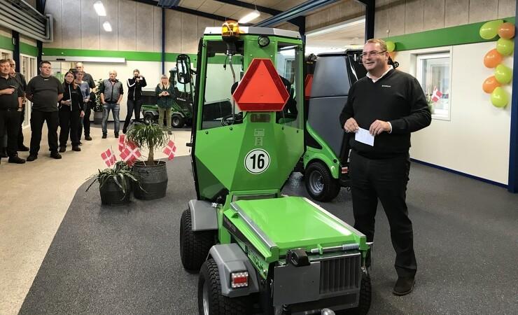 Egholm runder 10.000 maskiner