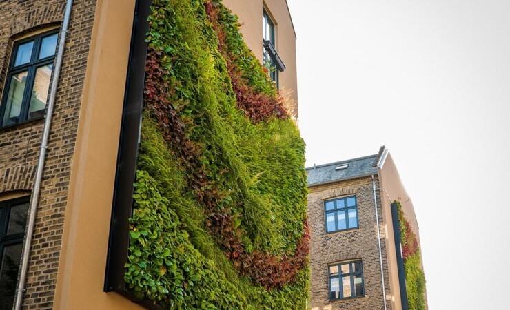 Vertikale haver giver levende gavlmalerier