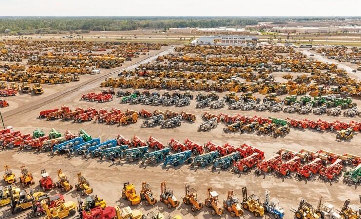 12.800 enheder på auktion