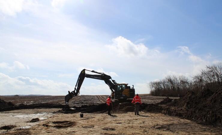 Arkæologer skal samarbejde med tunge maskiner