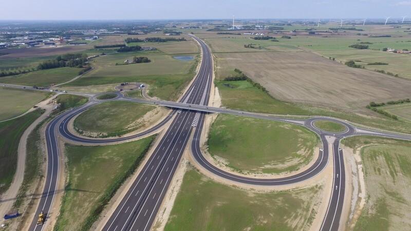 Frost og tørke fik motorvej i mål til tiden