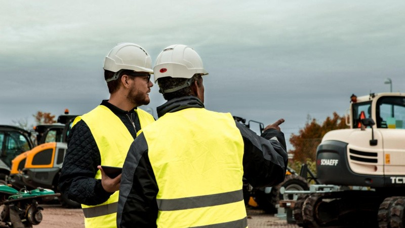 Byggebranchens maskiner kører på højt blus under coronakrisen
