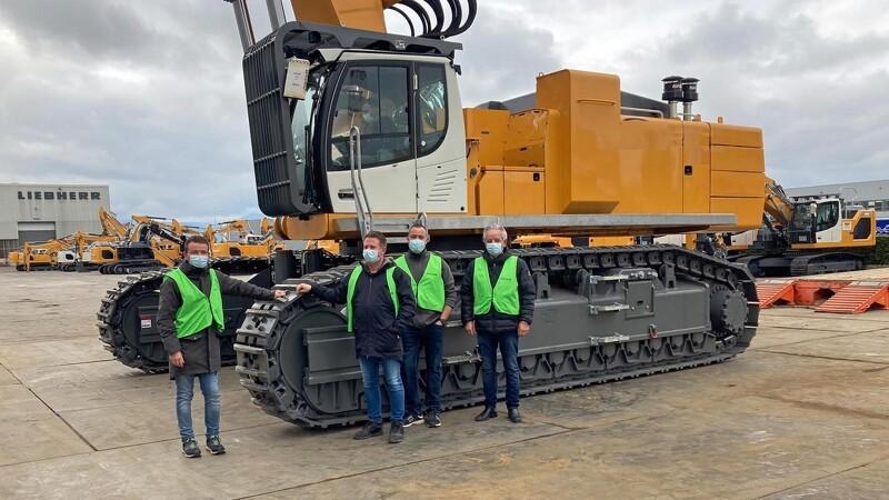 Dansk firma køber Liebherrs største nedbrydningsmaskine