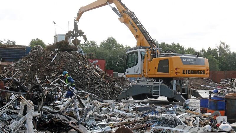110 tons nyt jern håndterer tusindvis af tons gammelt jern