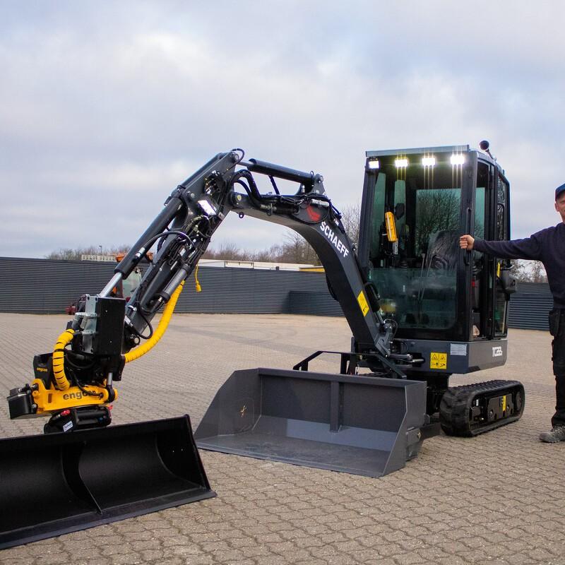 Den vildeste to tons gravemaskine i DK
